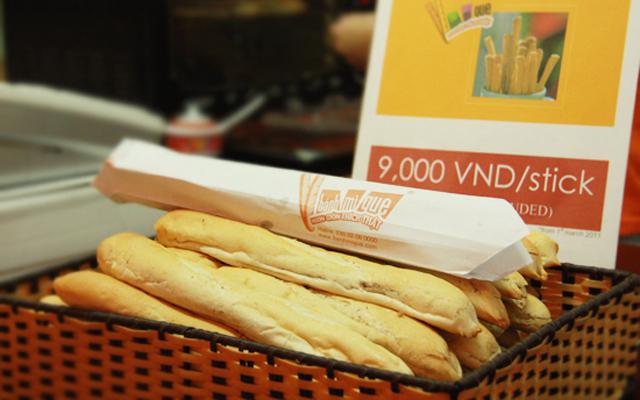 Bánh Mì Que Pháp - Trần Khánh Dư