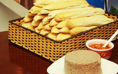 Bánh Mì Que Pháp - 3 Tháng 2