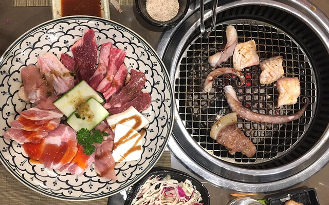 Sumo BBQ - Phan Xích Long - Buffet Nướng & Lẩu