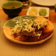 Lườn cá hồi  sốt mayo nigiri