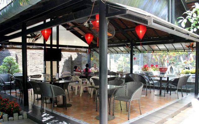 Cafe Phượng Các - Cafe sân vườn ở TP. HCM