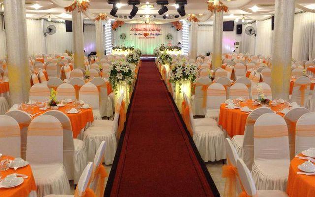 Trung Tâm Hội Nghị Tiệc Cưới Táo Đỏ ở Đà Nẵng