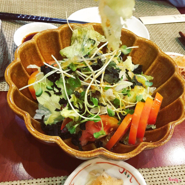 hinh-anh-sushi-tai-fuji-japanese-restaurant-9
