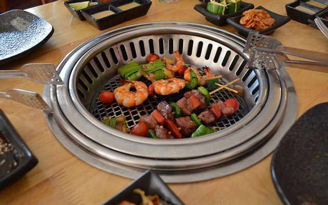 Hana BBQ & Hot Pot Buffet - Nguyễn Quý Đức