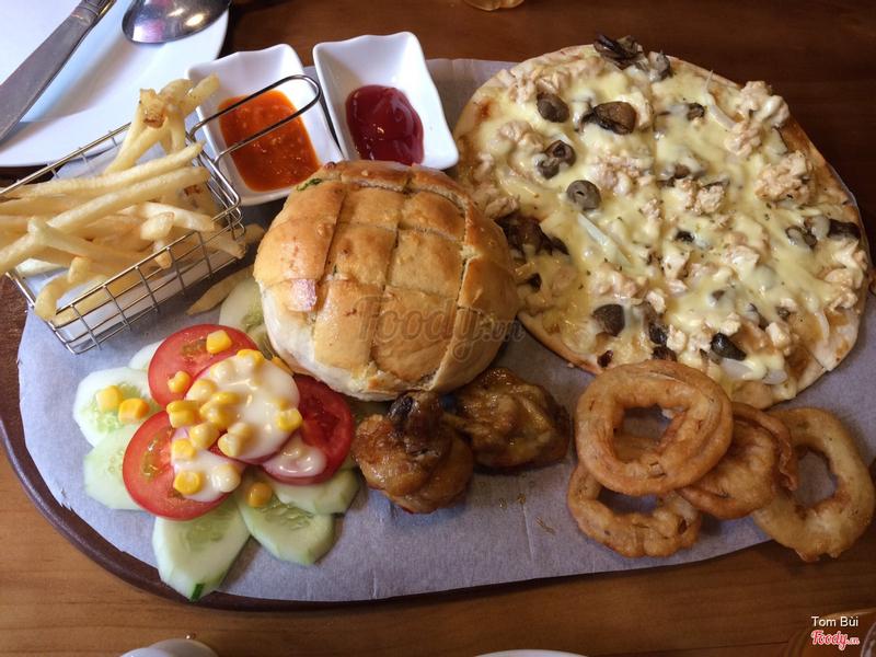 combo pizza & bánh mì bơ phomai
