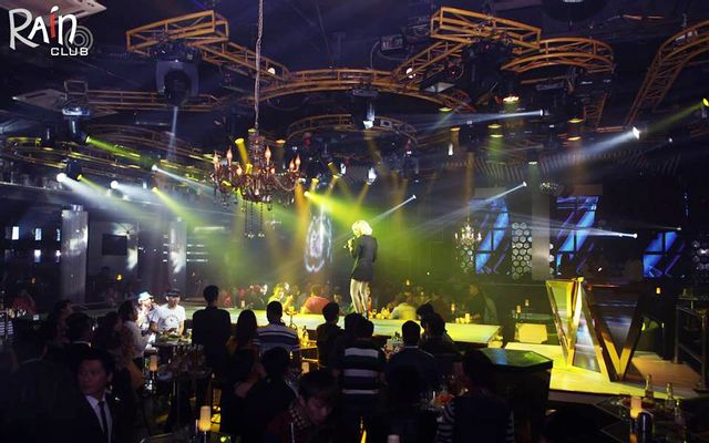 Rain Night Club ở Lâm Đồng