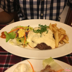 Beef fille with cheese sauce