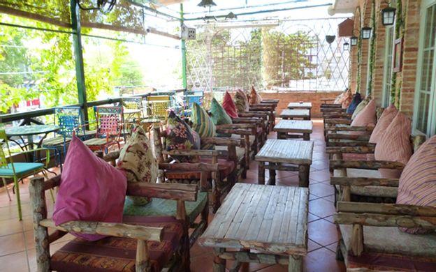 100 Ung Văn Khiêm, P. 25 Quận Bình Thạnh TP. HCM