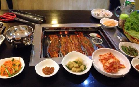 Quán Ăn Hàn Quốc - Quang Trung