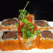 sushi cá ngừ trứng tôm