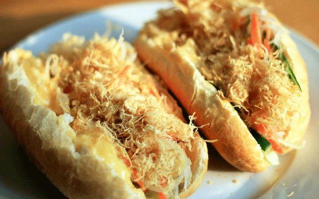Cô Chi - Bánh Mì Gà & Mì Cay - Phan Đình Phùng ở Đà Nẵng