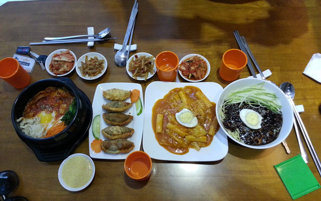 Hallyu - Korean Fast Food