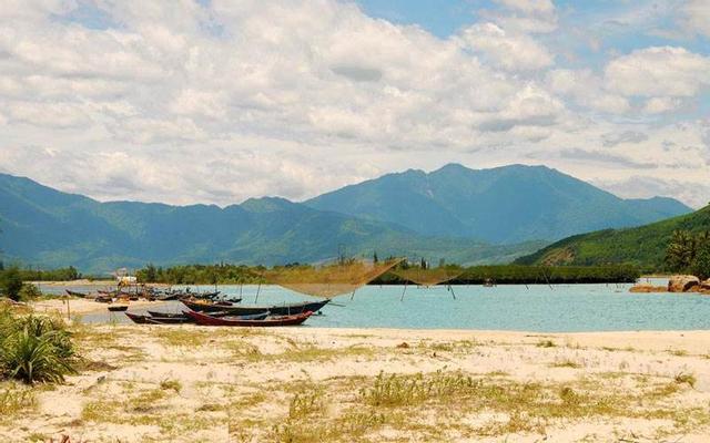 Biển Cảnh Dương ở Huế