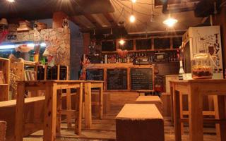 Tiny Coffee House - Láng Hạ