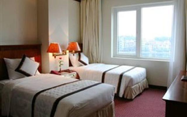 Sunny Hotel 2 - Hoàng Ngân ở Hà Nội