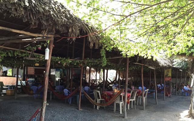 Võng Cafe - Quốc Lộ 1A ở Tiền Giang