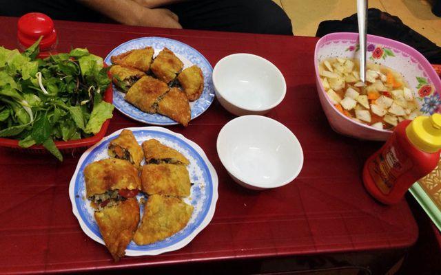 Bánh Gối Oanh Oanh - Đê La Thành ở Hà Nội