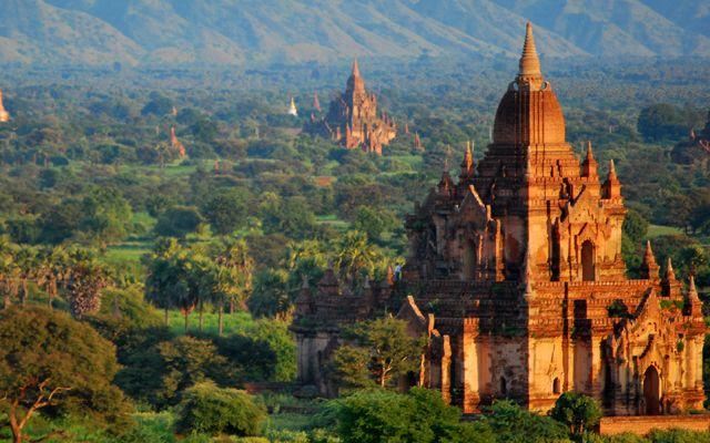 Hành Hương Travel - Võ Thị Sáu