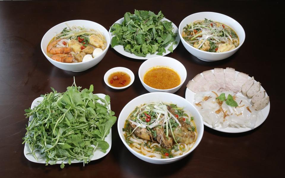 Bánh Canh Cá Lóc - Hiếu Quảng Trị - Phan Đình Phùng