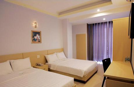 Khách Sạn Hoàng Tây Hai - Thành Thái