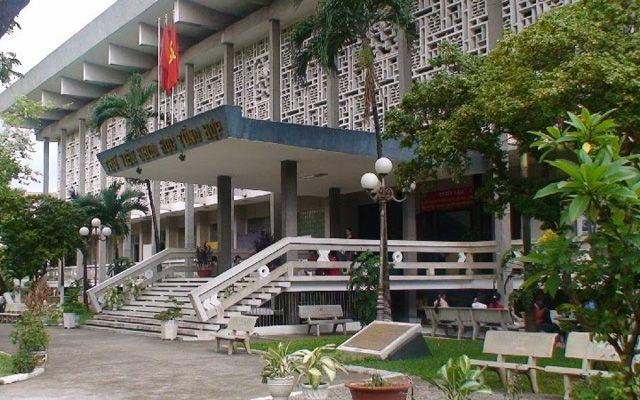 Thư Viện Khoa Học Tổng Hợp ở TP. HCM