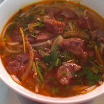Bún Bò Cô Bảy - Phan Văn Hân
