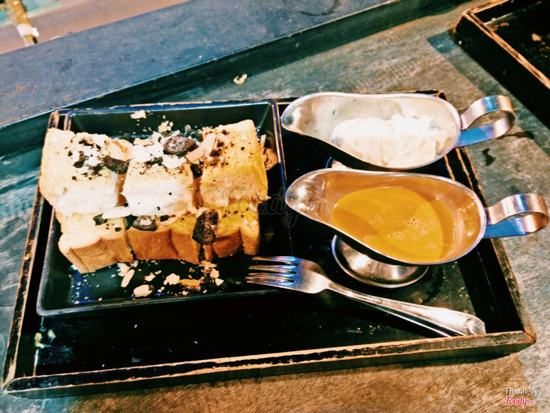 Thai Milktea Toast