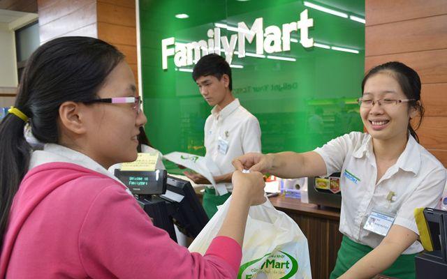 Family Mart - Hoàng Hoa Thám