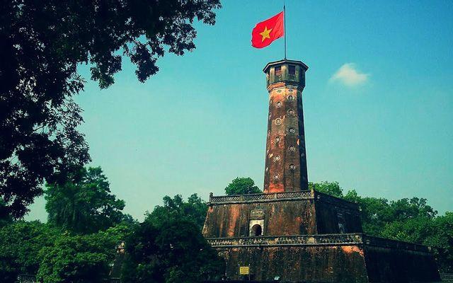 Cột Cờ Hà Nội ở Hà Nội