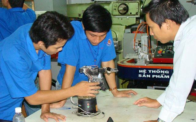 Đại Học Công Nghệ Kỹ Thuật Hutech - Điện Biên Phủ ở TP. HCM