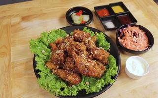 Poki Poki - Korean Restaurant - Lê Thị Riêng