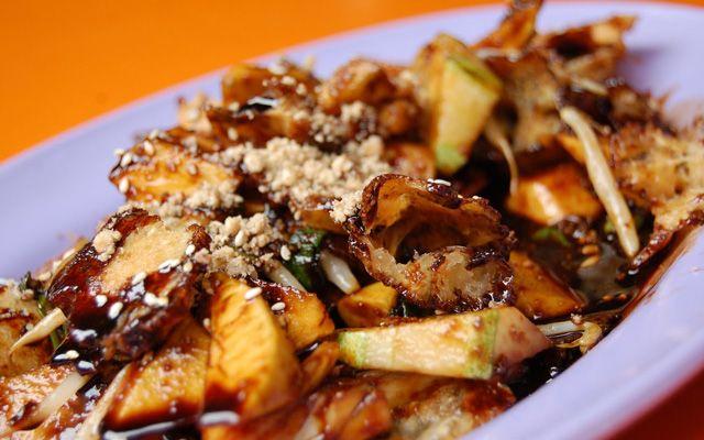 Rojak - Taukieu Salad @New Bugis Food Village ở Singapore