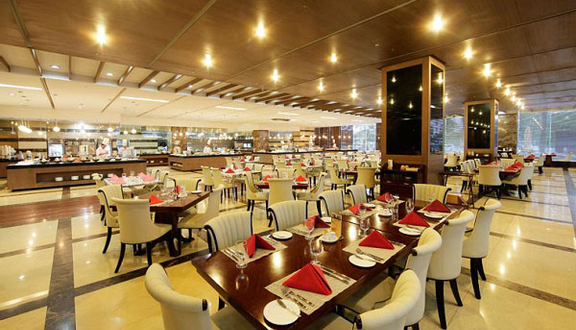 Le Jardin Buffet - Grand Plaza Hotel