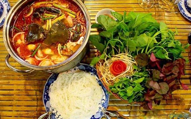 Bằng Hữu Quán - Mai Lâm ở Thanh Hoá