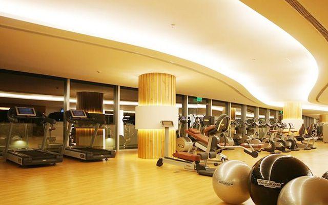 California Fitness & Yoga - Crescent Plaza