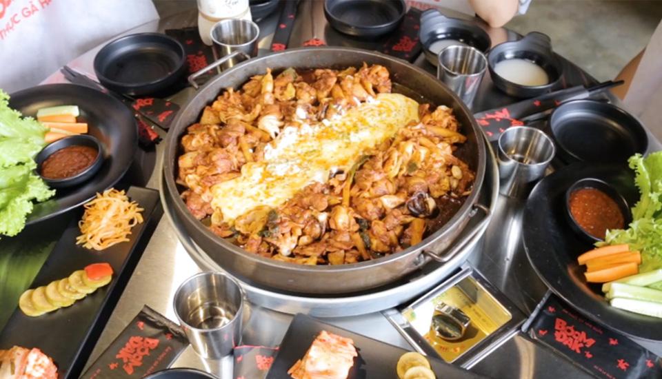 Boom Dak - Nhà Hàng Ẩm Thực Gà Hàn Quốc ở TP. HCM