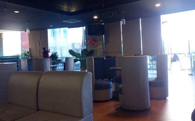 Lầu 3, Centre Mall, C6/27 Phạm Hùng Quận 8 TP. HCM