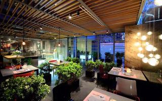 Si Restaurant - Nhà Hàng Món Việt