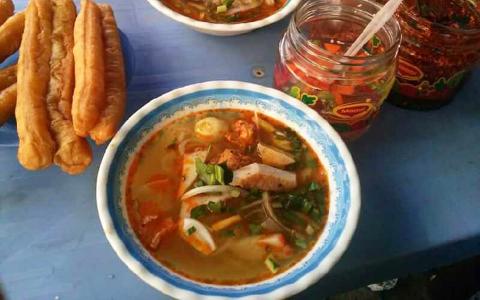 Bánh Canh 42 - Nguyễn Hoàng