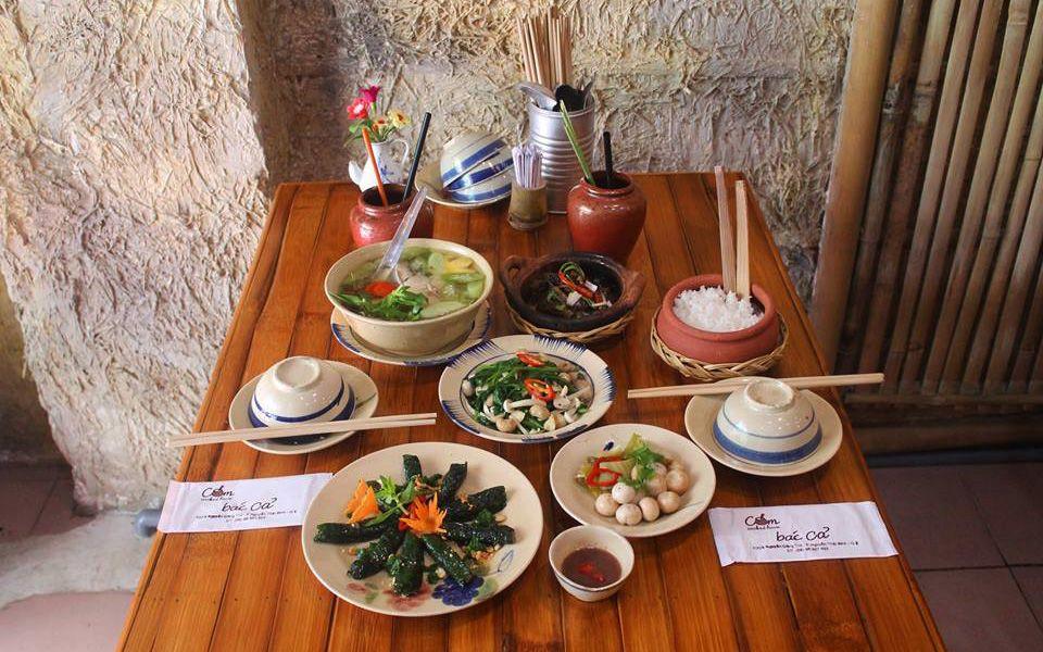 Cơm Bác Cả - Nguyễn Công Trứ