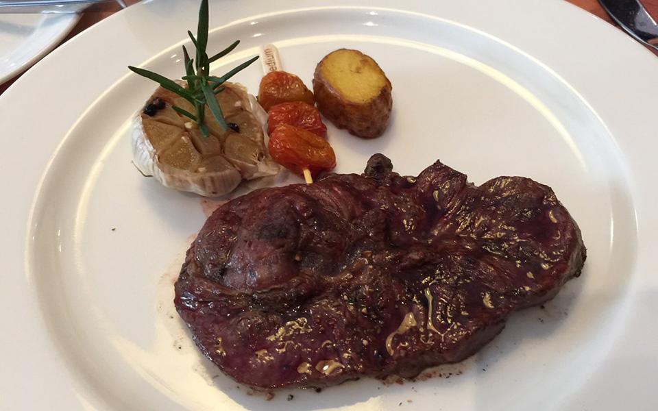 Moo Beef Steak - Đồng Khởi