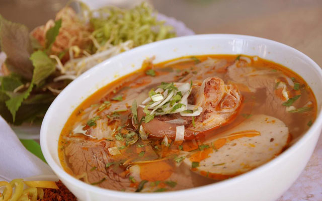 Bún Bò Huế Sơn - Hồ Tùng Mậu ở Lâm Đồng