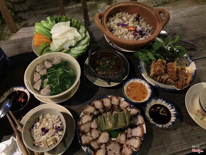 Các món ăn tại nhà hàng Mountain Retreat