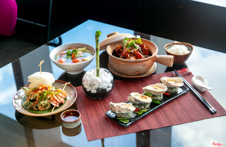 Bamboo Chic Restaurant & Bar - Le Meridien