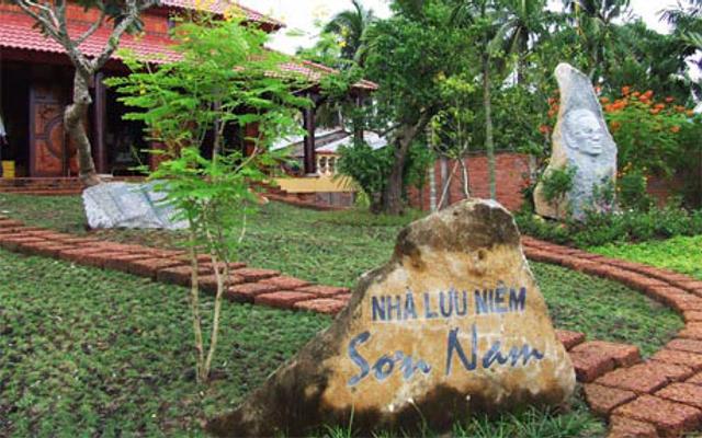 Khu Lưu Niệm Nhà Văn Sơn Nam - Quốc Lộ 50 ở Tiền Giang
