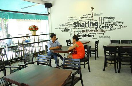 Sharing Coffee - Võ Văn Tần