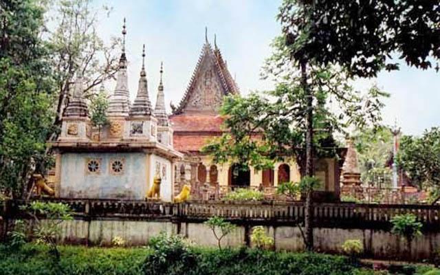 Chùa Angkorajaborey - Quốc Lộ 53 ở Trà Vinh