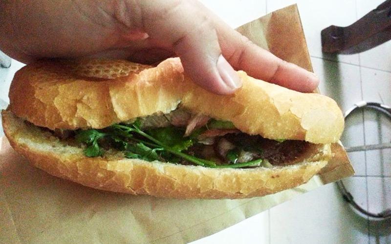 Bánh Mì 3T - 3Tùng - Quang Trung
