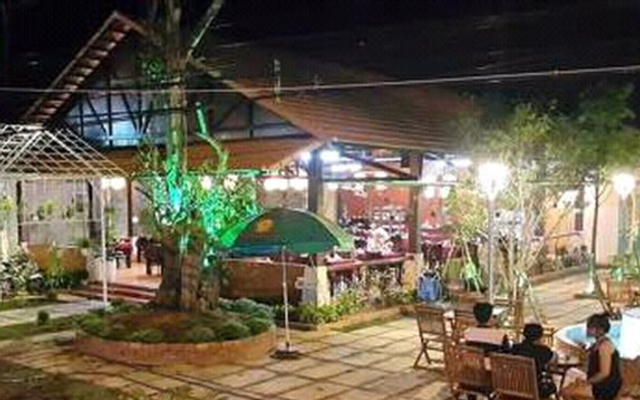 Nhà Hàng Phú Gia - Trần Hưng Đạo ở Phú Quốc