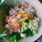 Salad tự trộn